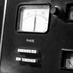 Phase-meter-la-frette studios